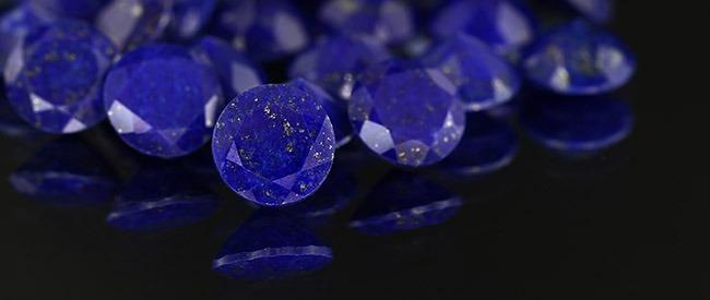 Histoire sur les pierres précieuses et les bijoux