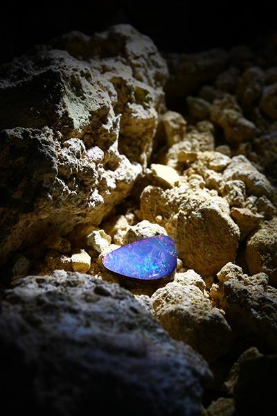 Bijoux sertis d' Opale boulder chez Juwelo. Bijouterie en ligne.