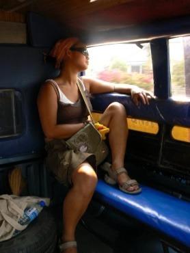 Thuy-Anh Tran, conseillère client Juwelo lors d'un de ses voyages en Asie