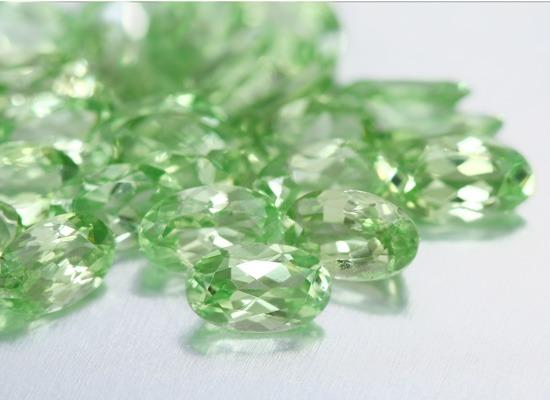 Grenats menthe de Merelani, une nouvelle gemme devenu très rapidement prisée par les joailliers et amateurs de bijoux.